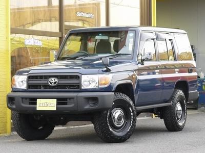 ランクル70再版モデル 76バン ナローボディー仕様×LINE-Xカスタム中古車(コン)