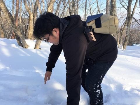 雪中キャンプ_笑'Sベース_積雪_バランス_歩けない