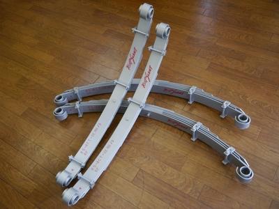 キープスラントアクティブサスペンション「アクティブゼロ」 ランクル60用リーフスプリング