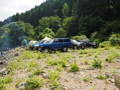 ランクル200・80・60・セコイア・4ランナー ボスコオートキャンプ 子連れで川沿いデイキャンプ